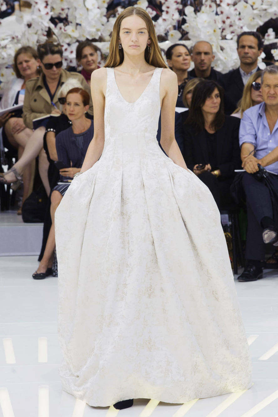 Christian Dior Haute Couture Spring 2014   We Can See ...  Christian Dior Haute Couture 2014
