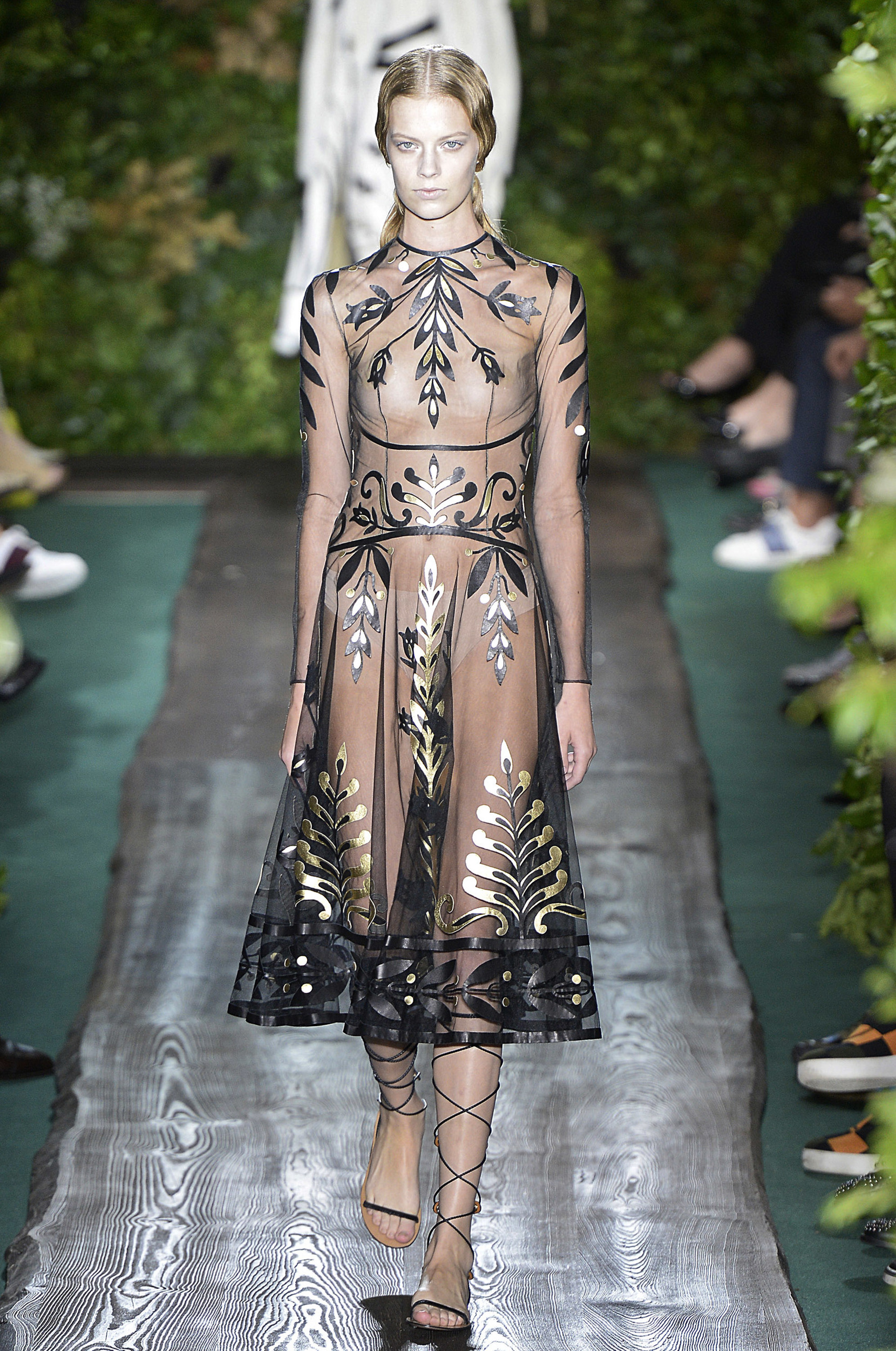Haute couture 2014 valentino posh point for Haute couture materials