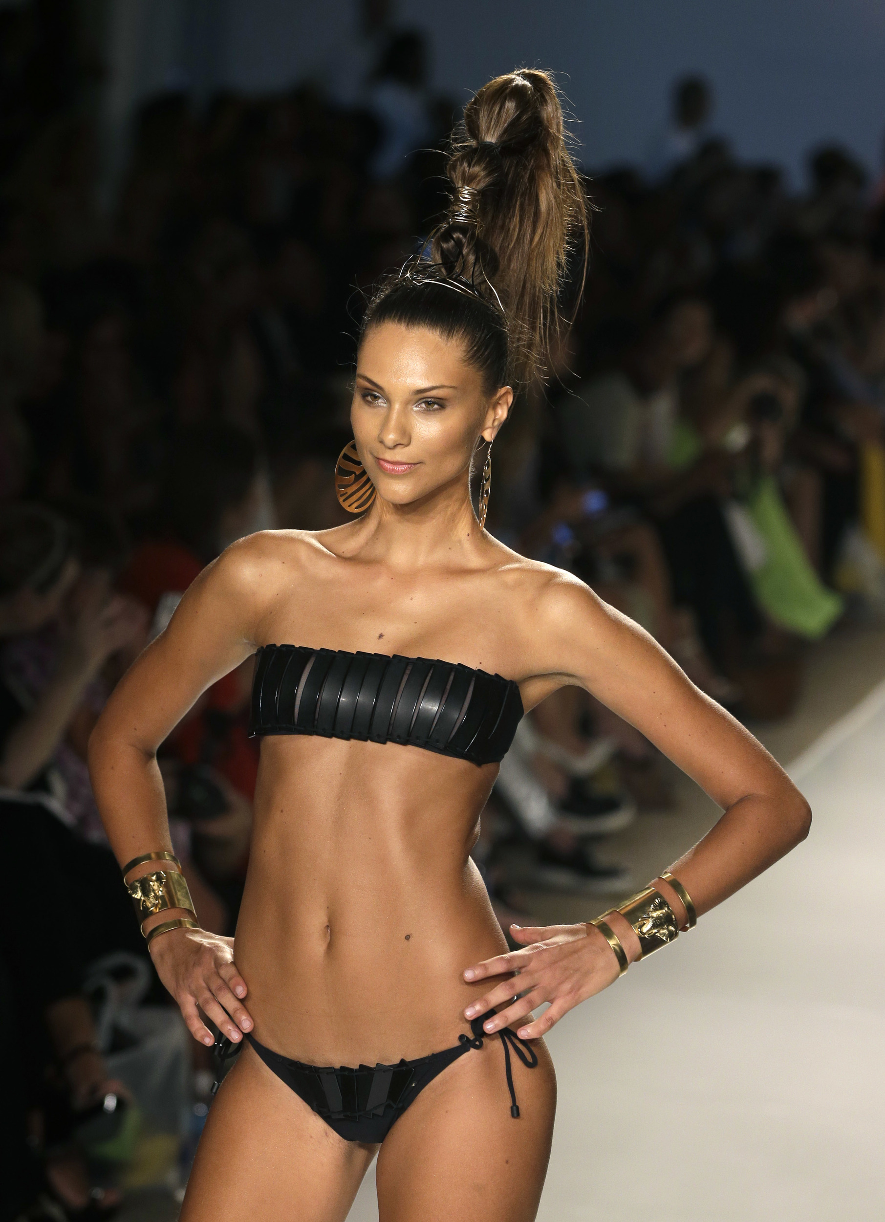 Recap The 2014 Mercedes Benz Miami Swim Show Posh Point