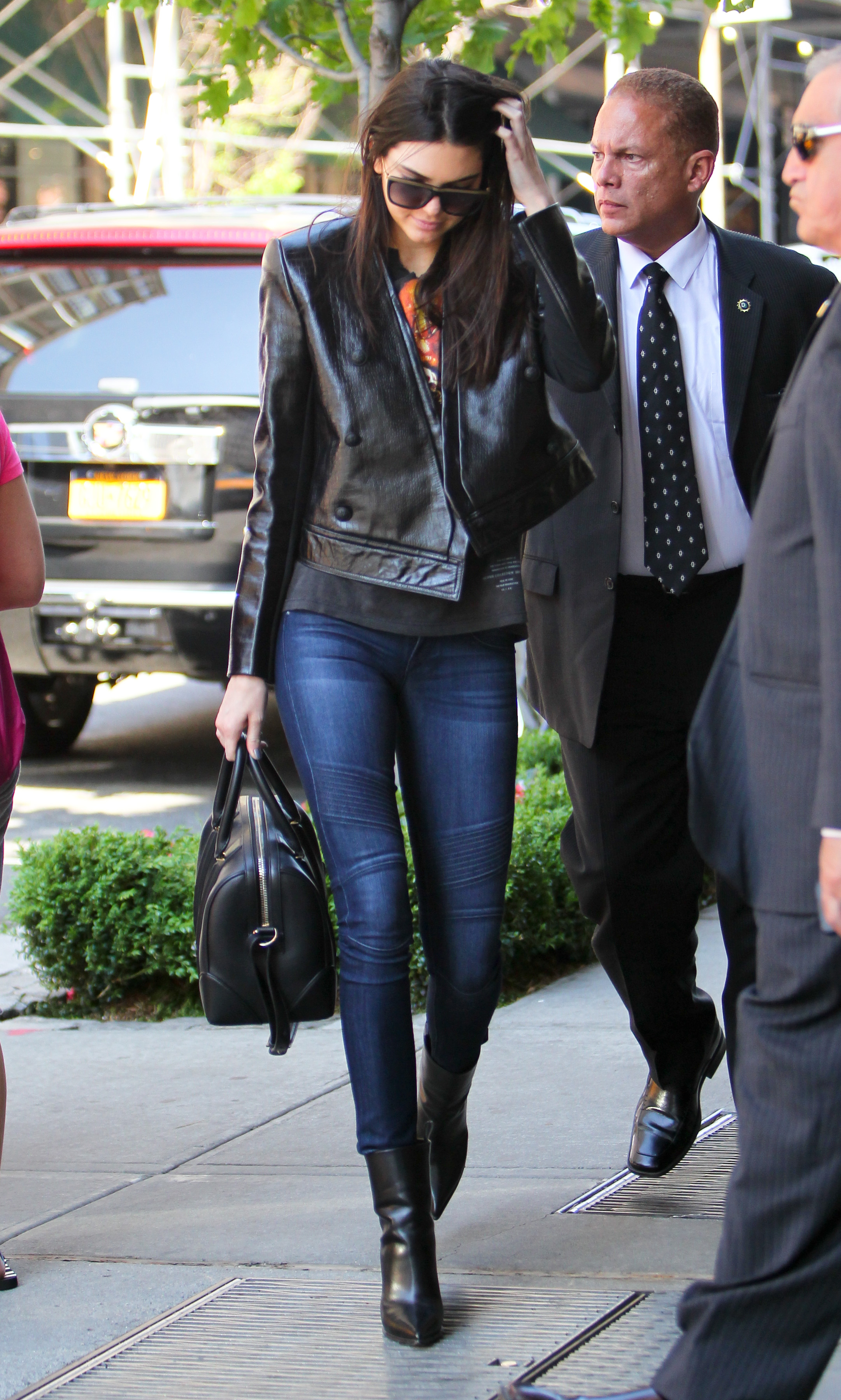 How To Dress Like Fashion S It Girl Kendall Jenner
