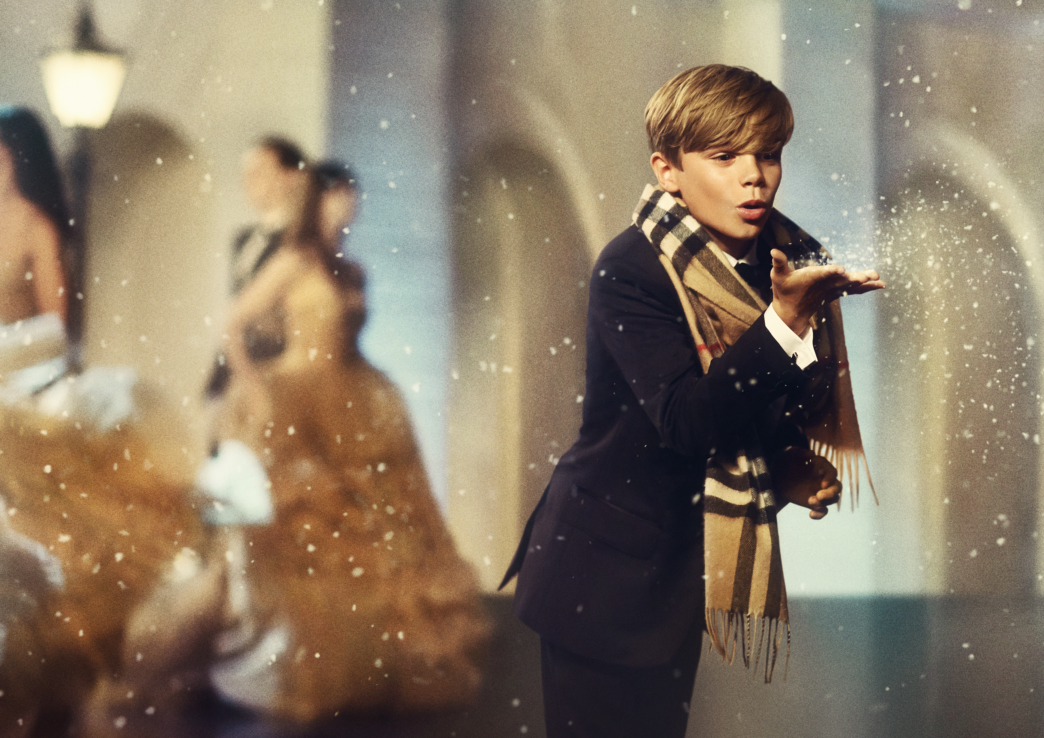 Romeo Beckham Burberry The New Burberry Girl:...