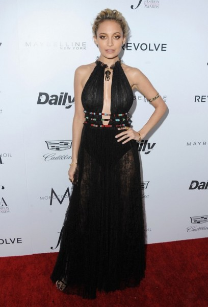 our-best-dressed-list-from-the-daily-front-row-awards-1703982-1458586275.640x0c